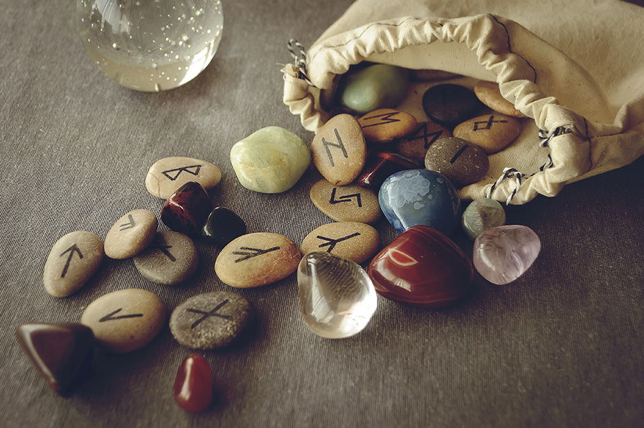 Runes Readings with TeresaB – Intuitive Communications